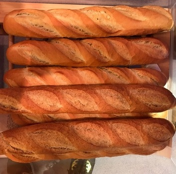 Frans brood wit